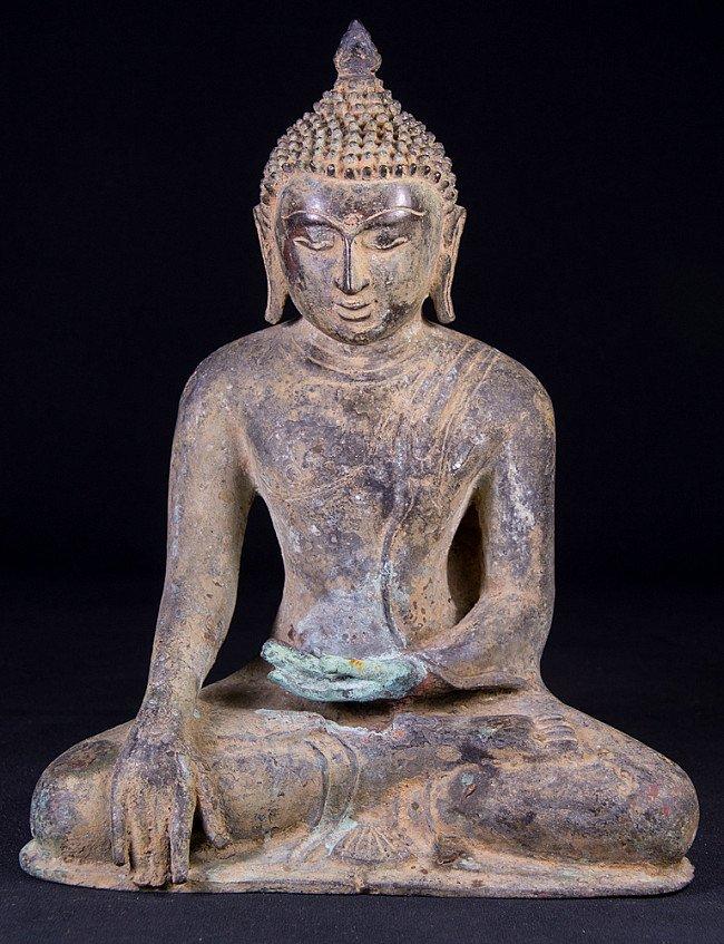 Old bronze Pagan Buddha statue