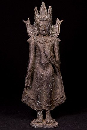 Antique bronze Pagan Buddha statue