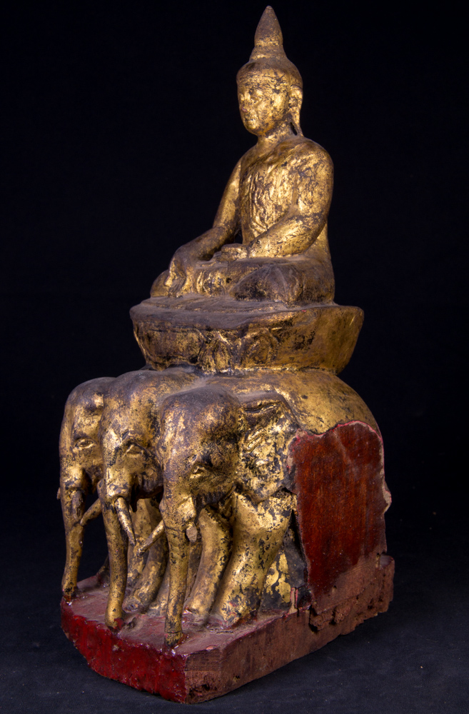 antike birmanische shan buddha figur aus birma gemacht aus holz. Black Bedroom Furniture Sets. Home Design Ideas