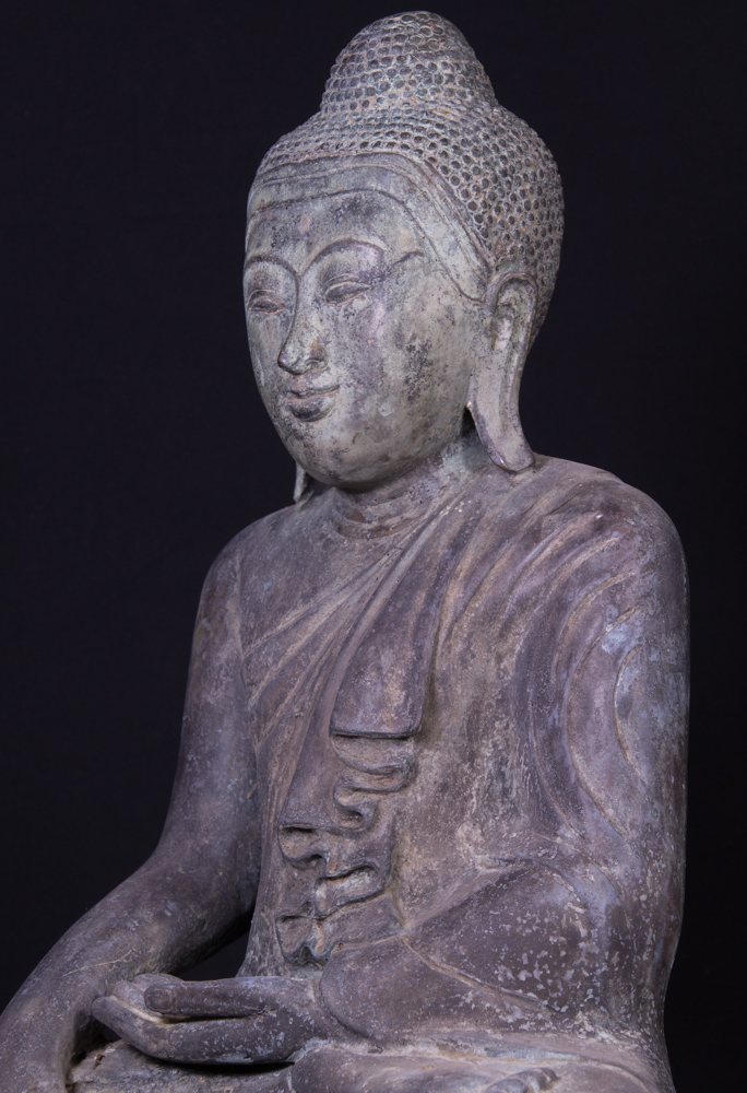 Old bronze Shan Buddha statue from Burma made from Bronze