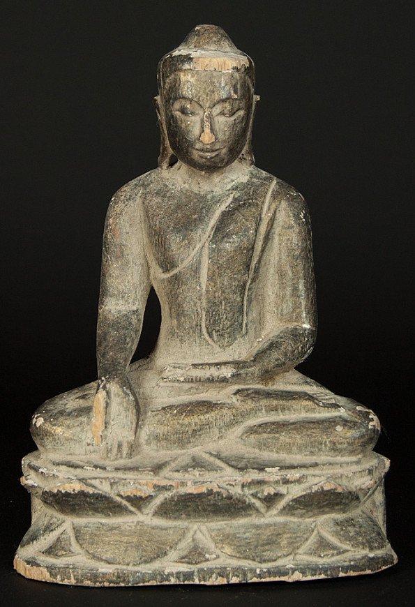 Sitting Burmese Buddha statue