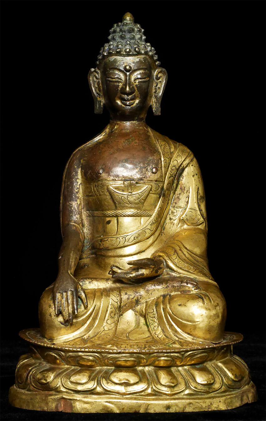 Antique Tibetan Buddha statue from Tibet