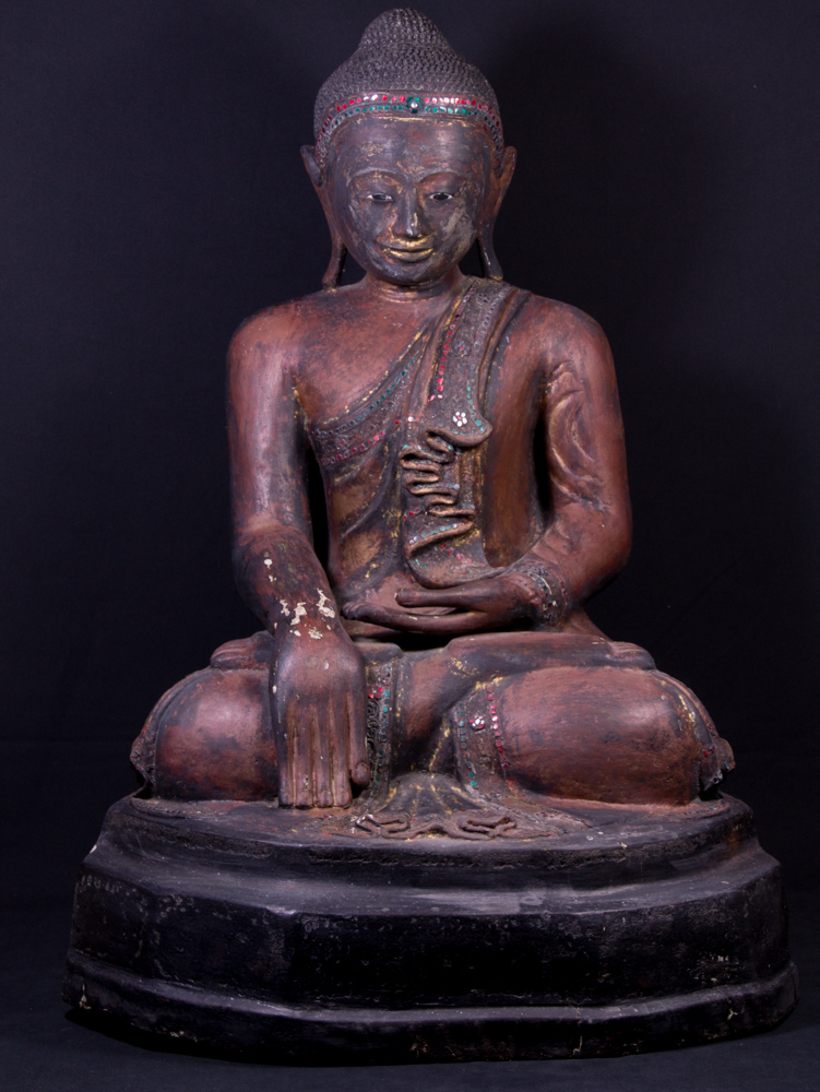 Large antique Mandalay Buddha statue from Burma made from lacquer
