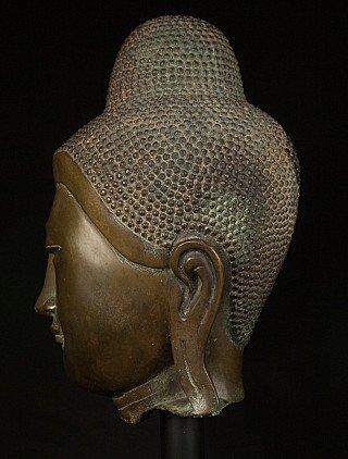 Antique bronze Mandalay Buddha head
