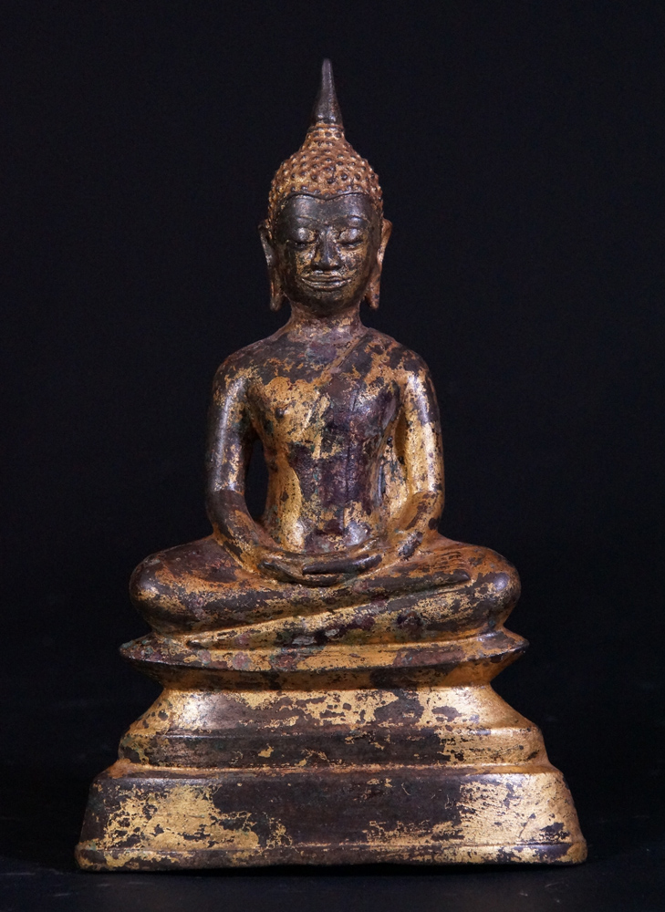Antique Ayuthaya Buddha statue from Thailand made from Bronze