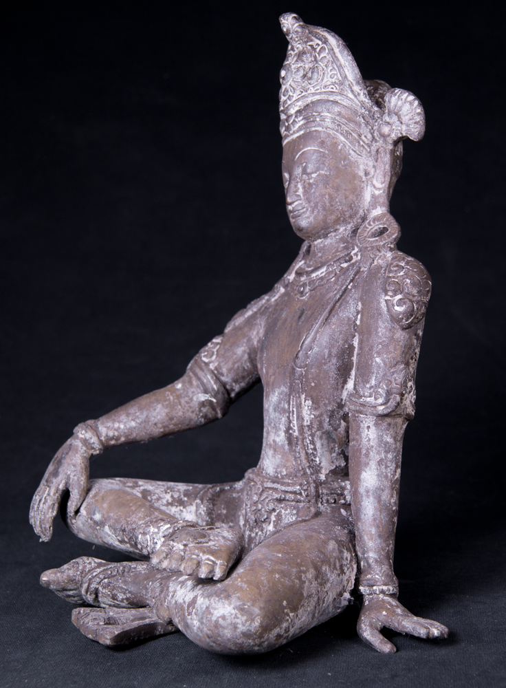 Old Nepali Indra statue from Nepal made from Bronze