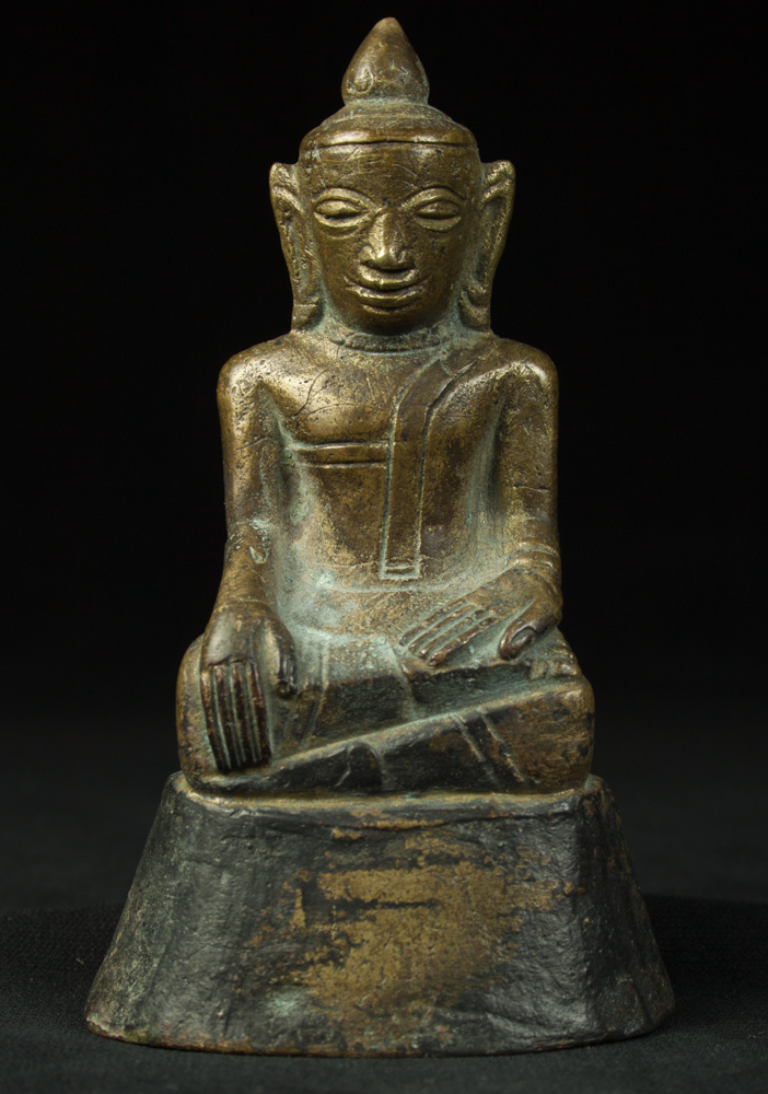 Old bronze Burmese Buddha statue from Burma made from Bronze