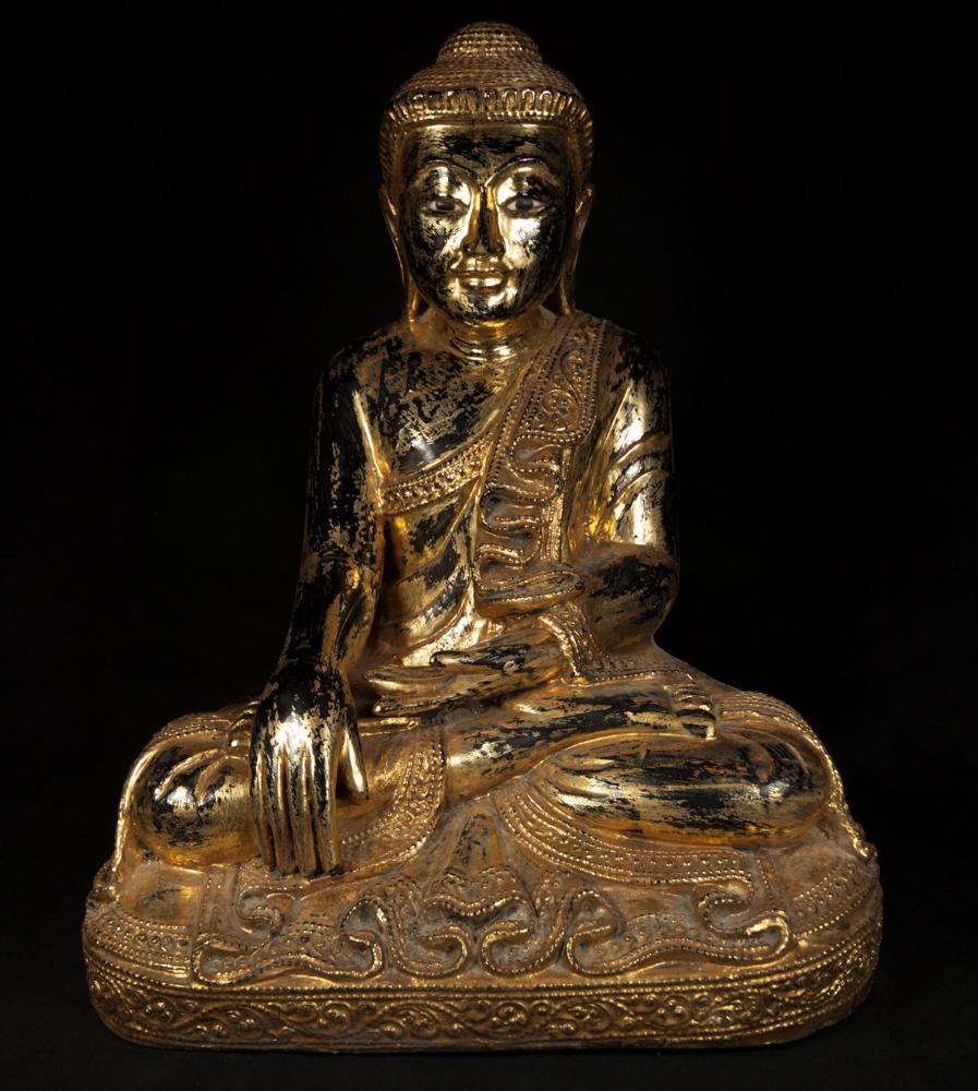 Alte holzerne mandalay buddha figur aus birma gemacht aus for Buddha figur holz