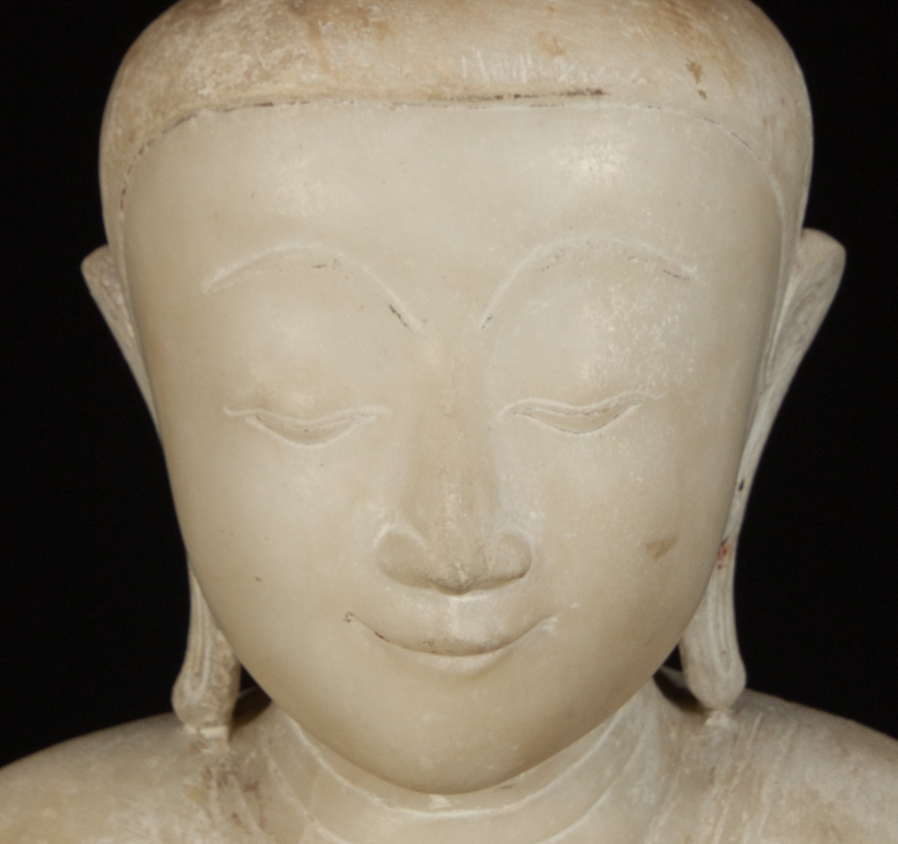 Very special Burmese alabaster Buddha statue from Burma made from Marble