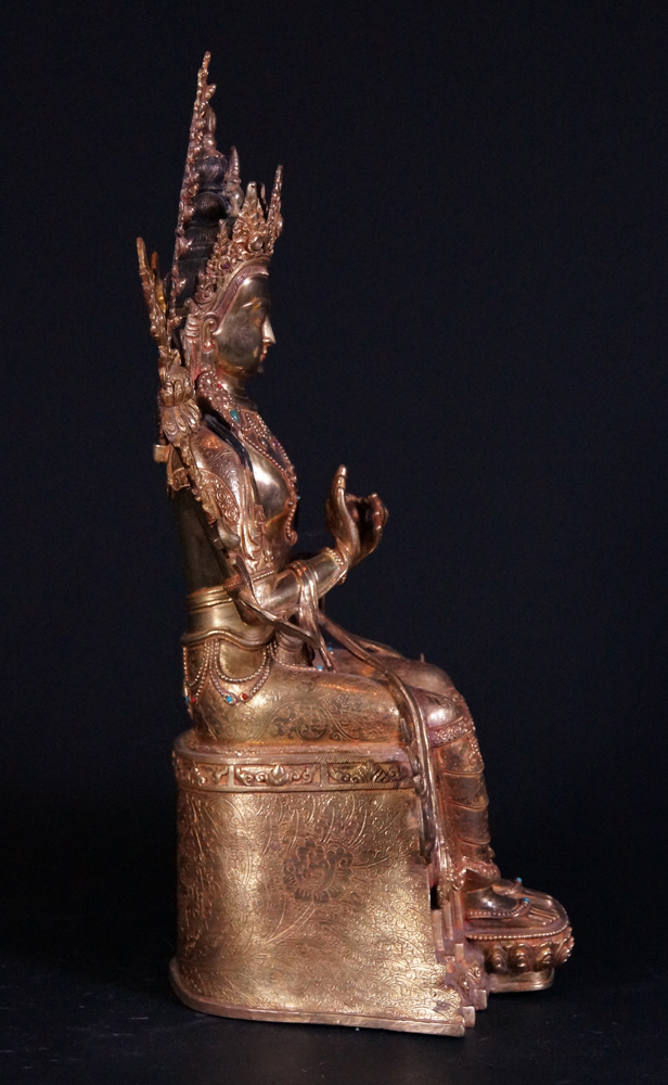 High quality Nepali Maitreya Buddha statue from Nepal made from Copper