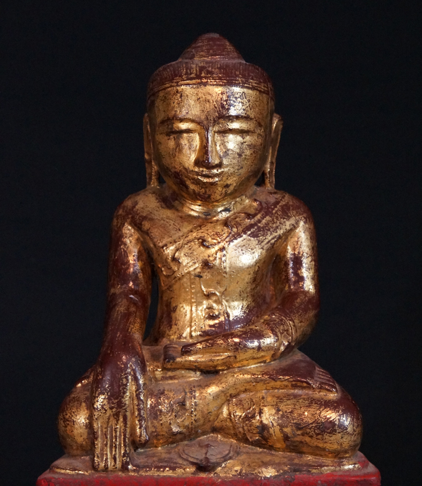 14th century Pinya Buddha from Burma made from Wood