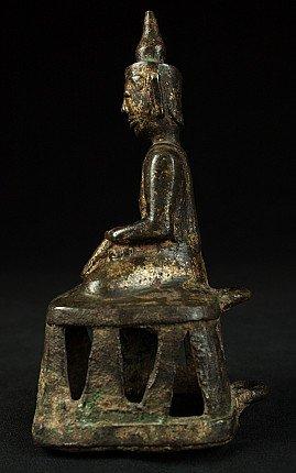 Antique Toungoo Buddha statue