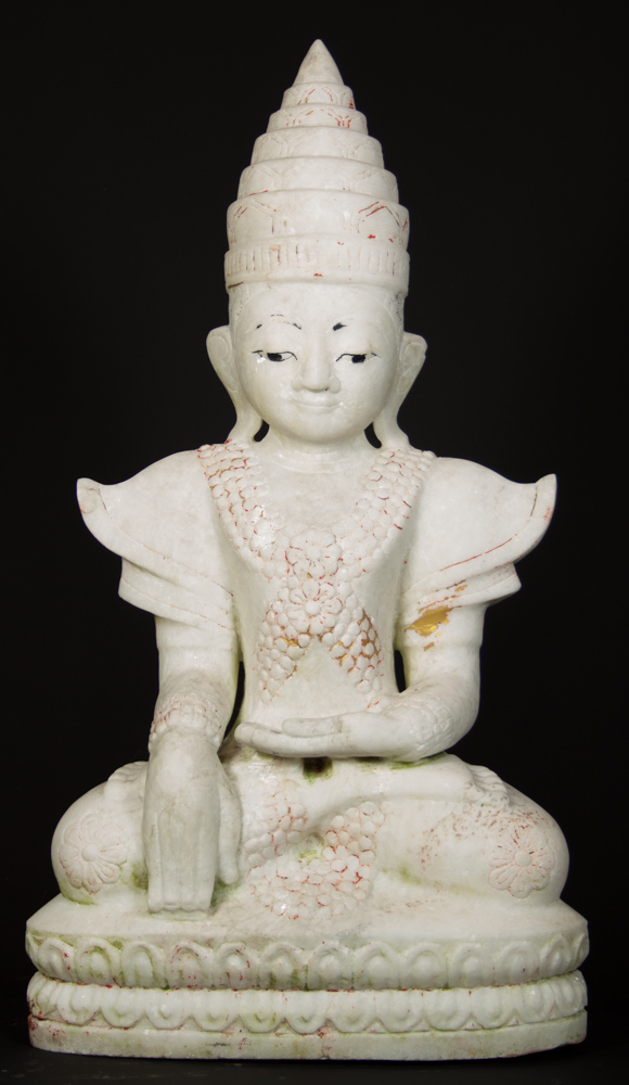 Crowned marble Buddha statue from Burma
