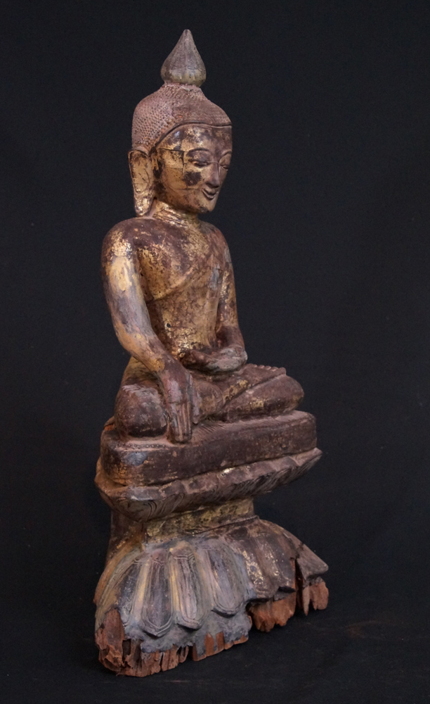 Antique wooden Ava Buddha from Burma made from Wood