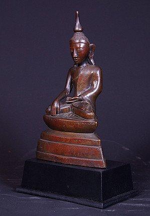 Antique bronze Shan Buddha statue