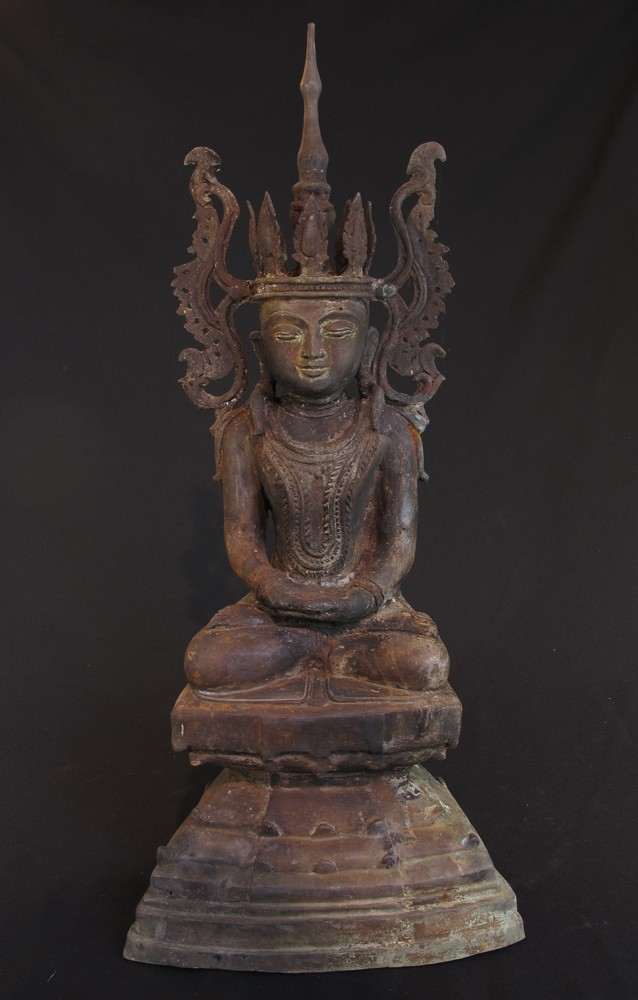 Antique crowned Shan Buddha from Burma made from Bronze