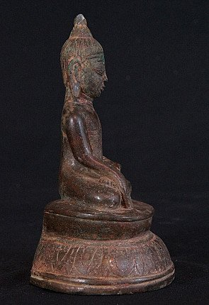 Antique bronze Ava Buddha