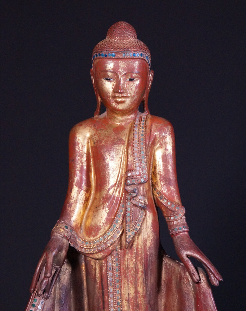 Antique Mandalay Buddha statue from Burma made from Wood