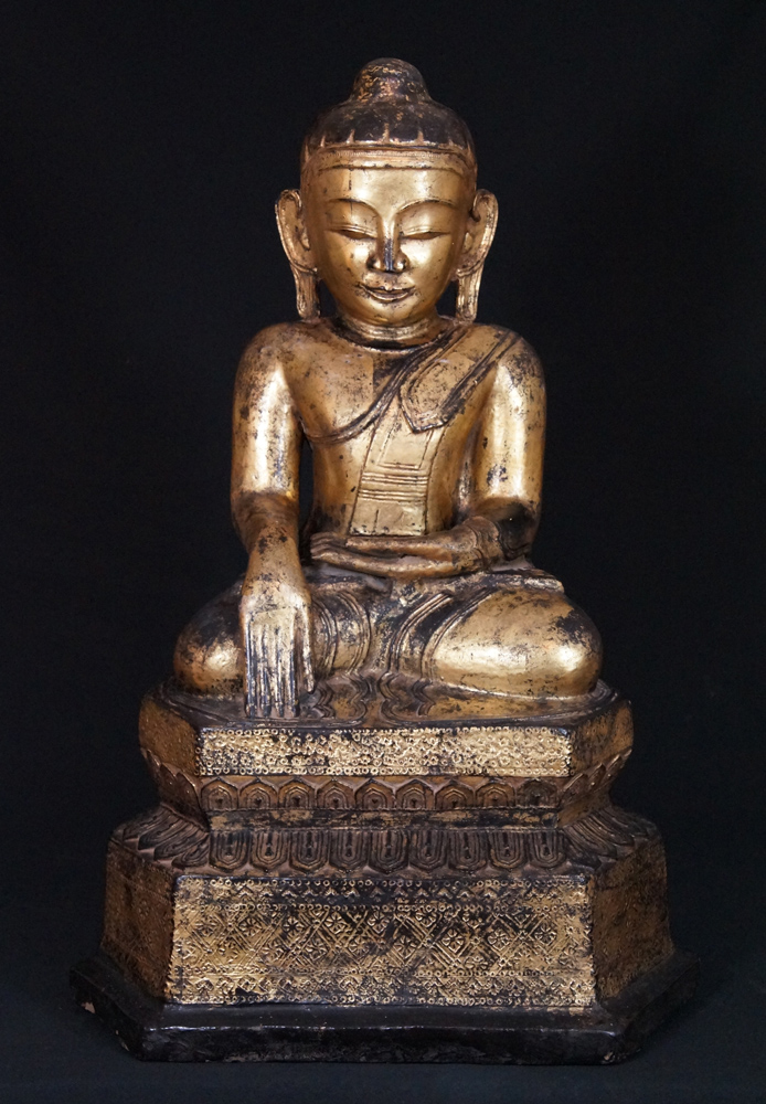 Antique Lotus Buddha statue from Burma