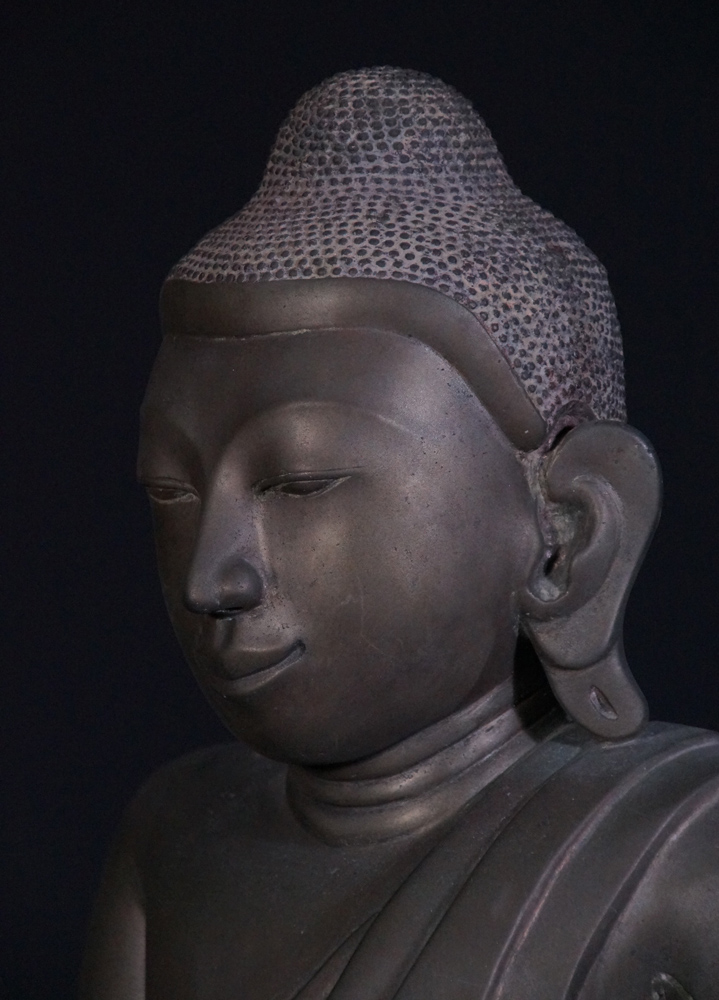 Antique Amarapura Buddha statue from Burma made from Bronze
