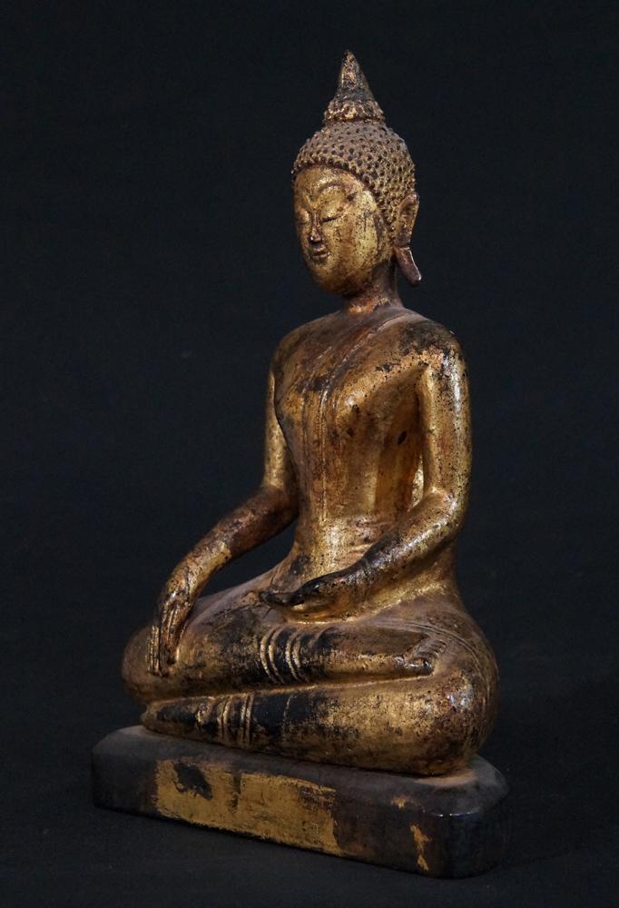 antiker lanna buddha figur aus thailand gemacht aus holz. Black Bedroom Furniture Sets. Home Design Ideas