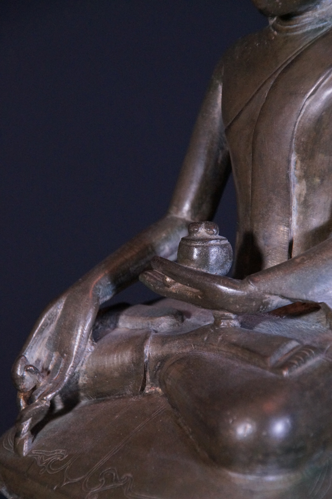18th century bronze Ava Buddha statue from Burma made from Bronze