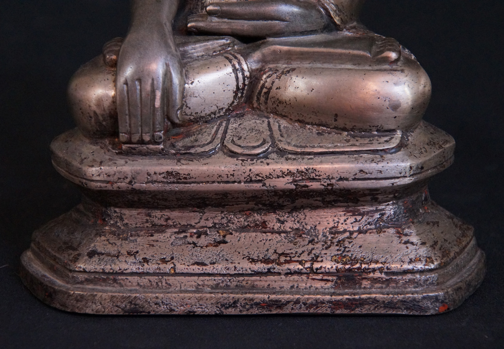 Antique Lotus Buddha statue from Burma made from Bronze