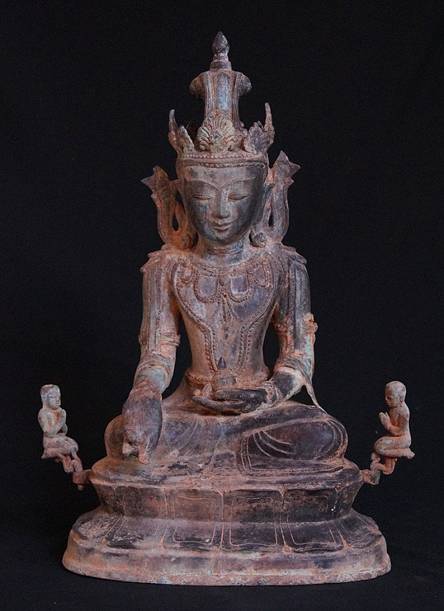 Antique Burmese Arakan Buddha statue