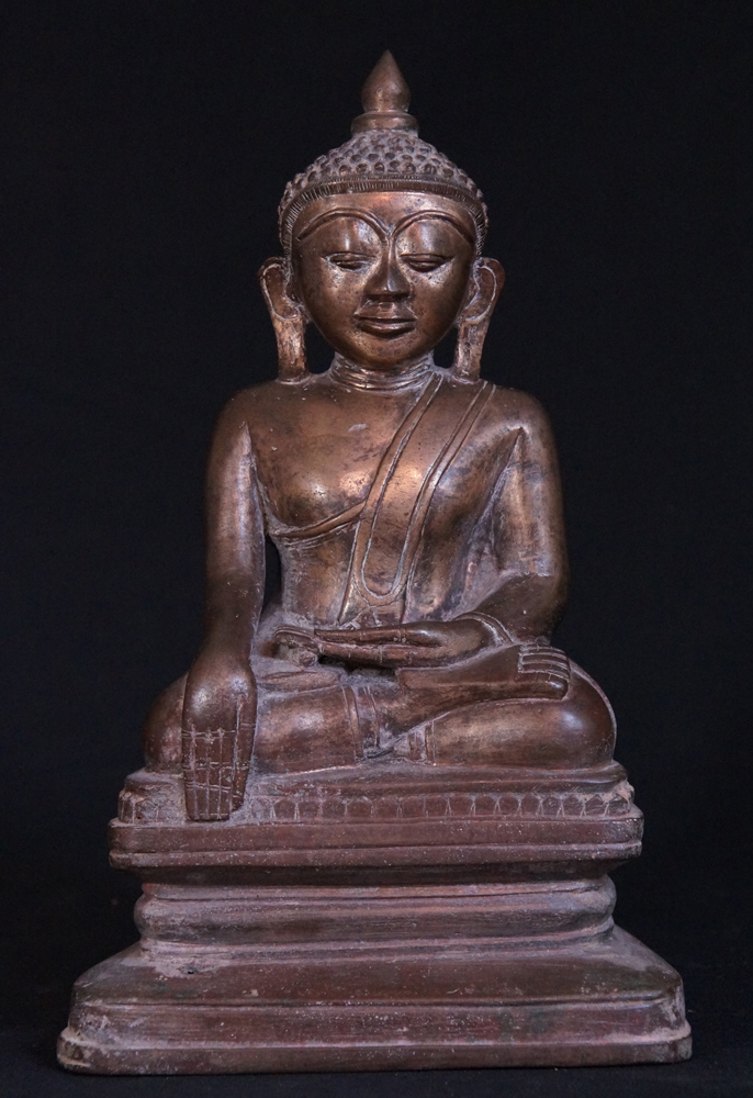 Antique bronze Shan Buddha statue from Burma