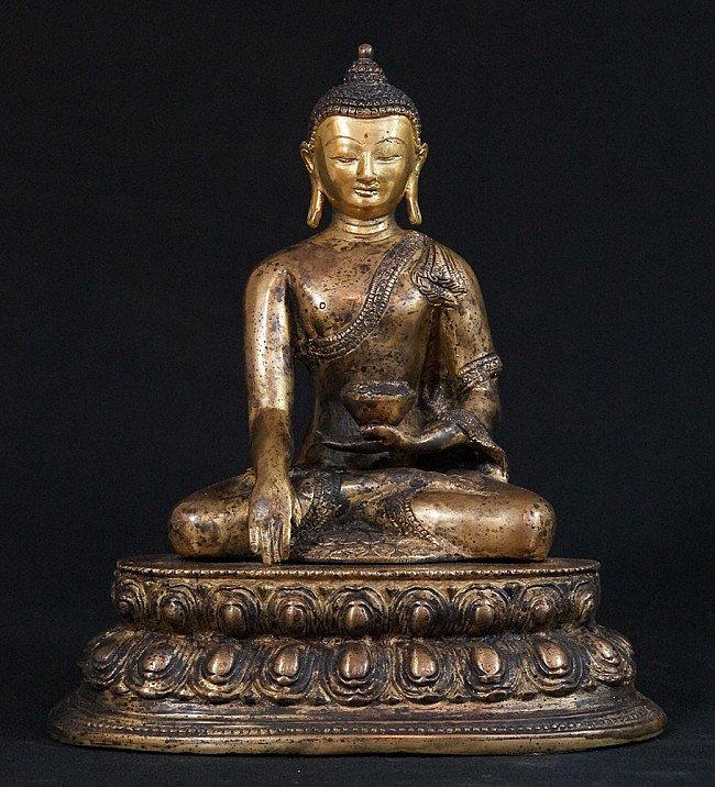 Nepali Buddha statue