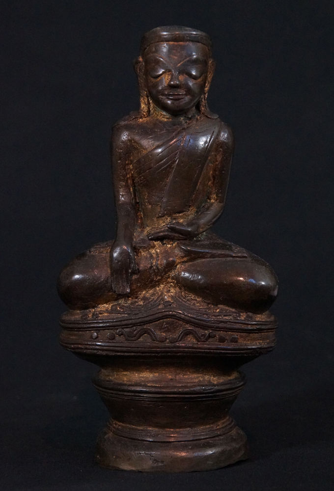 Antique Burmese Mon Buddha statue from Burma made from Bronze