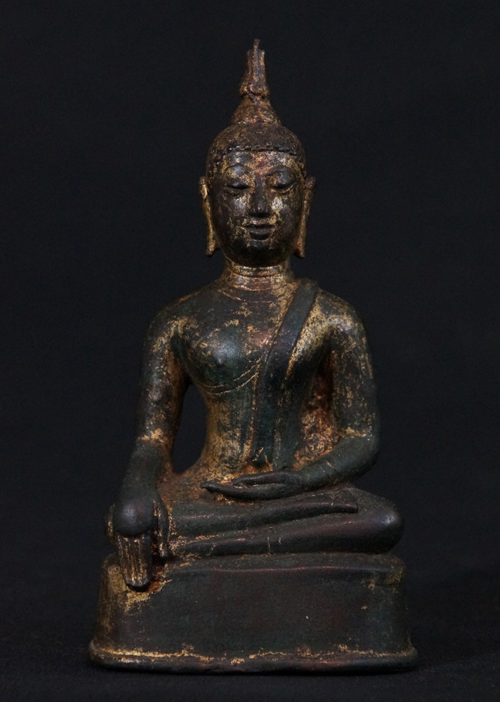 High quality bronze Sukhothai Buddha statue from Thailand