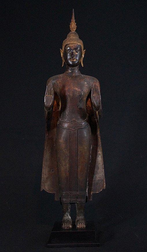Large Ayutthaya Buddha statue