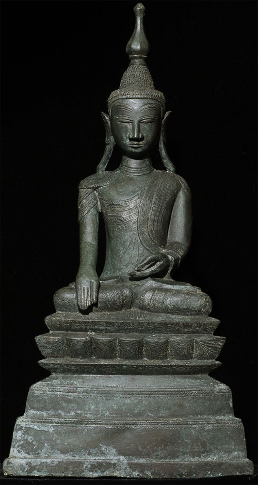 Antique bronze Shan Buddha from Burma