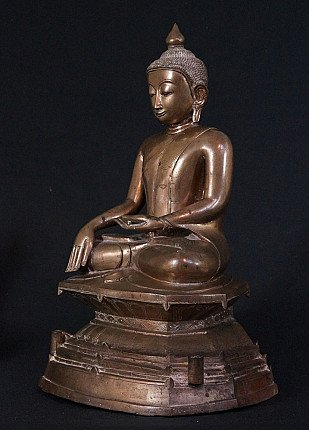 Antique bronze Burmese Buddha statue