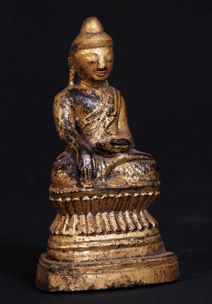 antiker shan buddha figur aus birma gemacht aus holz. Black Bedroom Furniture Sets. Home Design Ideas