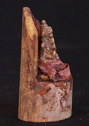 Old bronze Ganesha