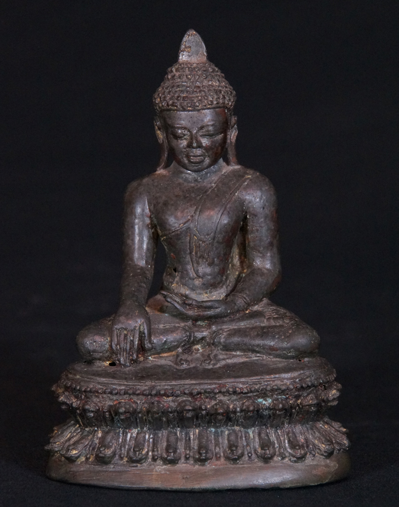 Special - antique Arakan Buddha from Burma