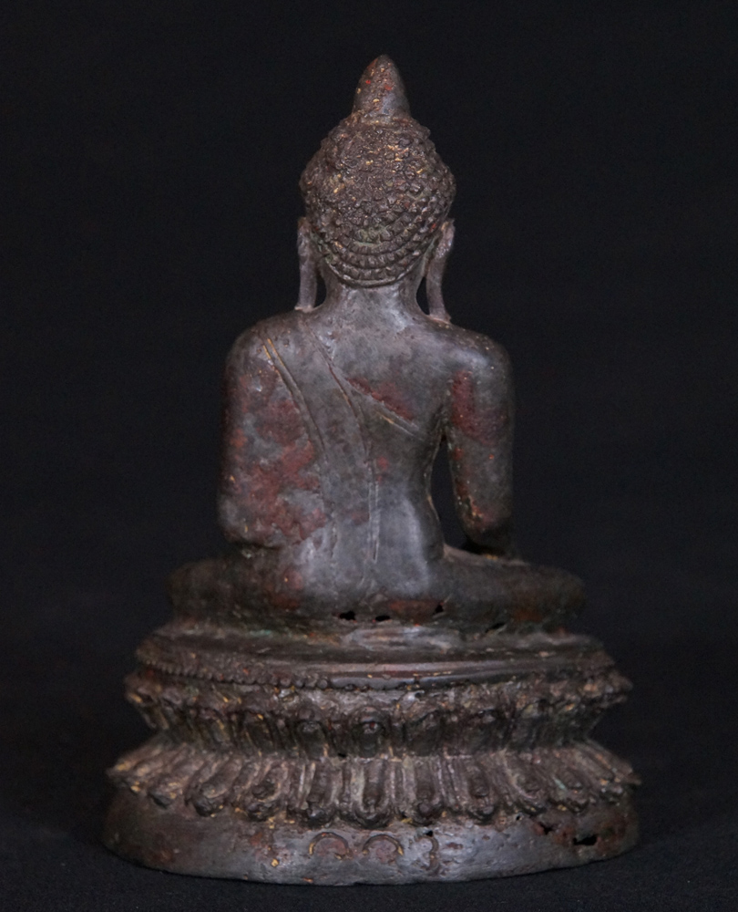 Special - antique Arakan Buddha from Burma made from Bronze