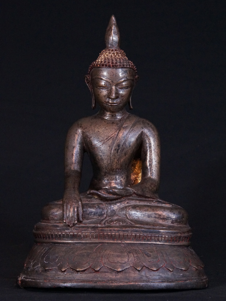 Superb. 14-15th century Toungoo Buddha from Burma