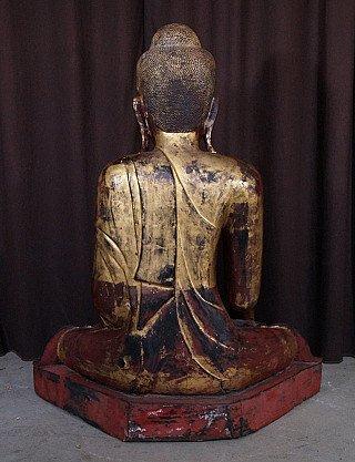 Grote antieke Mandalay Boeddha