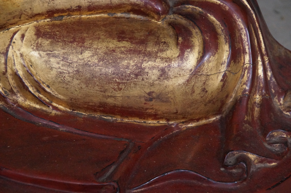 Large antique Mandalay Buddha from Burma made from Wood