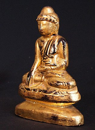 Antique limestone Buddha
