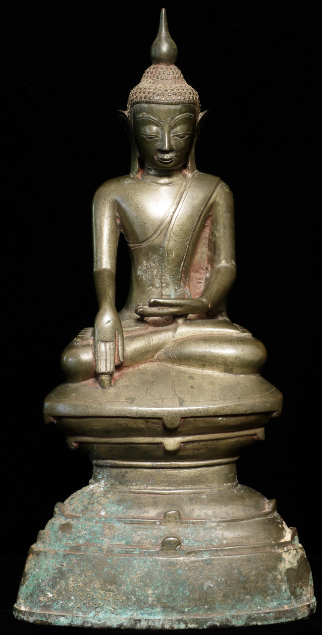 Antique bronze Shan Buddha from Burma made from Bronze