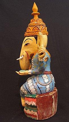 Old Ganesha statue