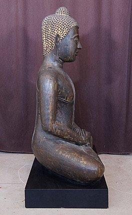 Large 16th century Ayutthaya Buddha