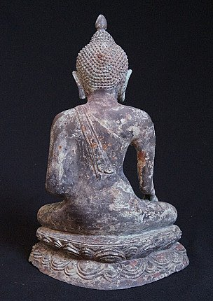Old bronze Pagan Buddha