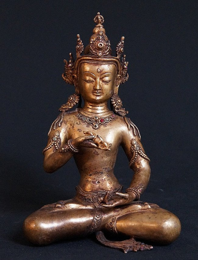 Old bronze Bajrasatwo statue