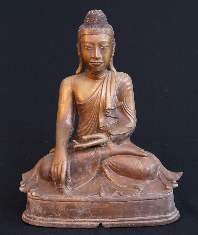 Bronze Mandalay Buddha from Burma