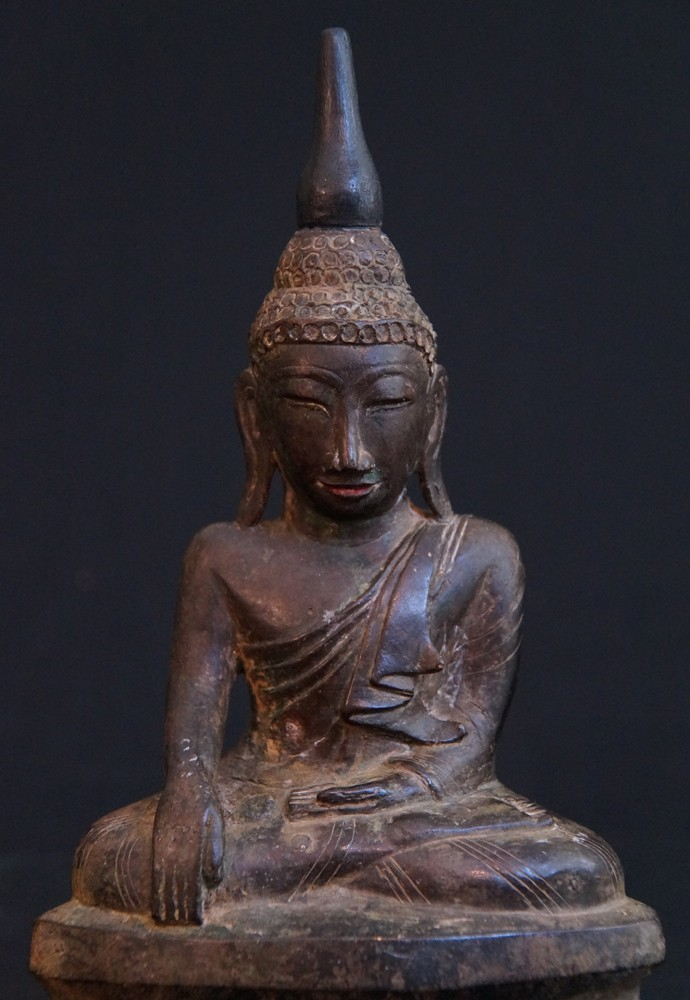 Antique Shan Buddha from Burma made from Bronze